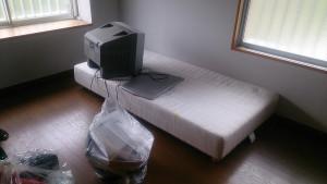 中津市でご家族用の家具家電回収ビフォー写真