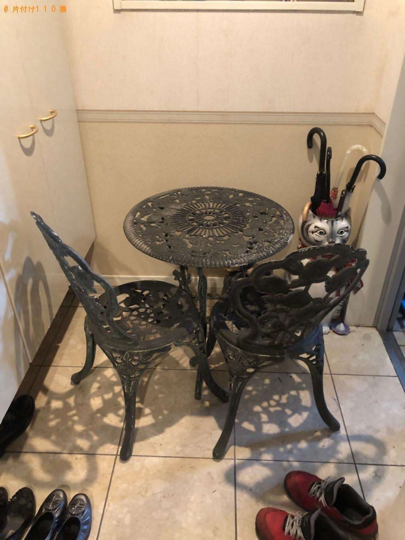 【臼杵市】四人用ダイニングテーブル、椅子、鏡台等の回収