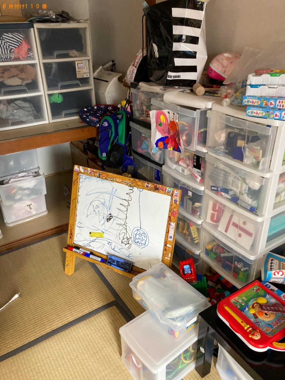 【大分市碩田町】お部屋の片付けとテーブル、一般ごみ等の回収・処分