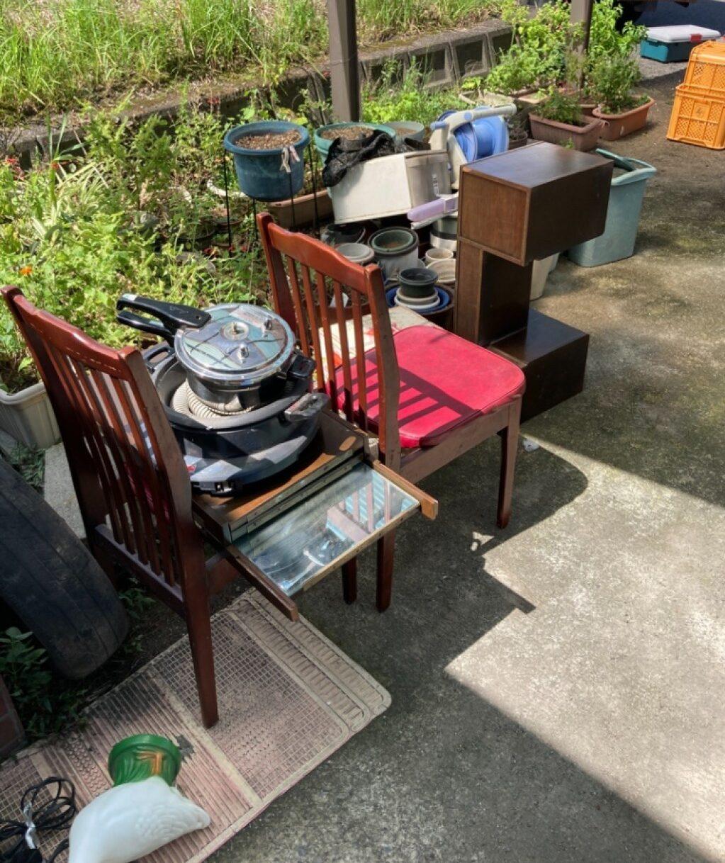【大分市】テーブル、椅子、タンス、ポリタンク、調理器具等の回収